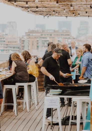 Kiwi.com celebrates 2nd anniversary of Barcelona office