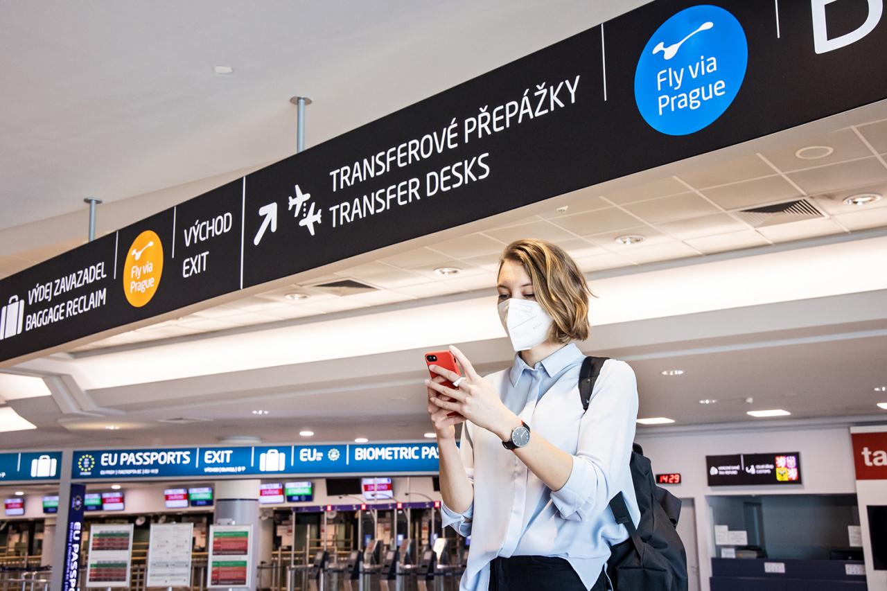 Fly via Prague and Kiwi.com
